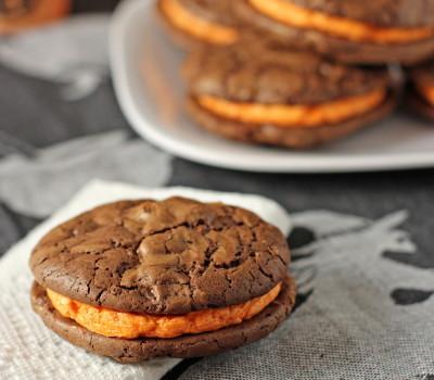 Brownie sandwich cookies