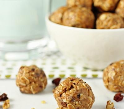 Oatmeal raisin energy bites no bake | Cookie Monster Cooking