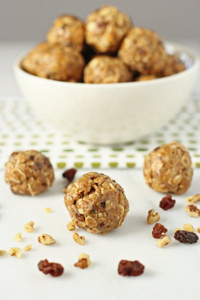 Oatmeal Raisin Energy Bites (No Bake) - Cookie Monster Cooking