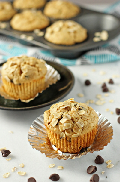 Peanut Butter Oatmeal Chocolate Chip Muffins - Cookie Monster Cooking
