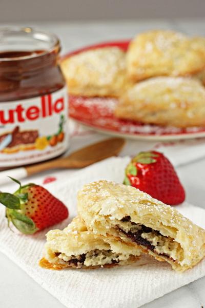 Nutella strawberry hand pies