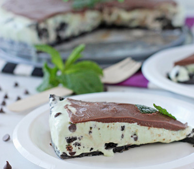 Mint Chocolate Chip Oreo Ice Cream Cake | Cookie Monster Cooking