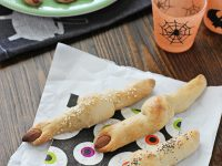 Easy Witches' Finger Breadsticks | Cookie Monster Cooking