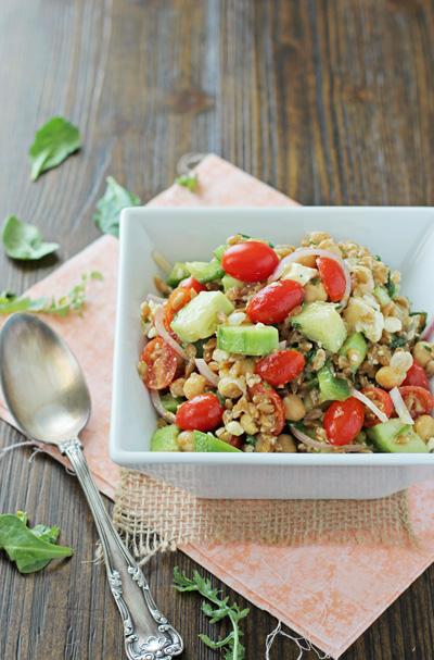 Greek Farro Salad | cookiemonstercooking.com