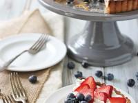 Berry Chocolate Chip Mascarpone Tart | cookiemonstercooking.com