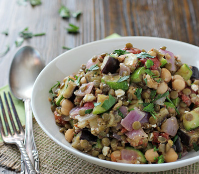 Mediterranean Chickpea and Lentil Salad | cookiemonstercooking.com