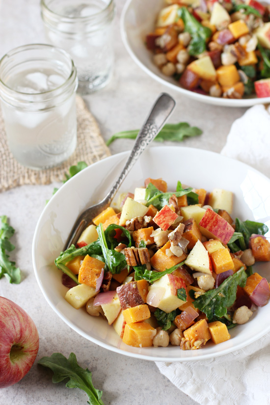 Recipe for apple cheddar meal bowls. A simple dish filled with roasted sweet potato, chickpeas, pecans and a honey dijon vinaigrette!