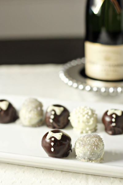 These adorable homemade bride and groom truffles are the perfect gift for couples to be! Festive, delicious and oh-so-fun with an oreo truffle base!