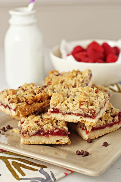 Raspberry and chocolate crumble bars