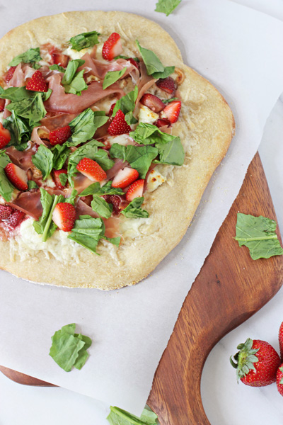 Strawberry Prosciutto Pizza | Cookie Monster Cooking