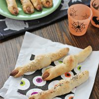 Easy Witches' Finger Breadsticks