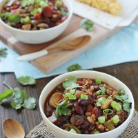 Crockpot Vegetarian Chili with Farro