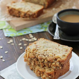 Pear Bread with Oatmeal Streusel