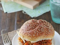 Vegetarian Farro Sloppy Joes | cookiemonstercooking.com