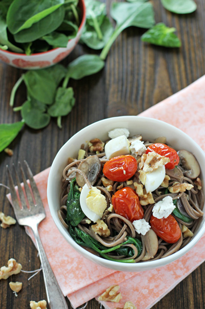 Soba Noodles with Roasted Tomatoes, Mushrooms and Eggs | cookiemonstercooking.com