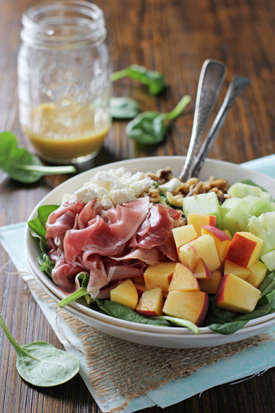 Peach and Prosciutto Salad with Honey Mustard Vinaigrette | cookiemonstercooking.com