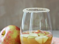 Honey Cinnamon Apple Cider Sangria | cookiemonstercooking.com