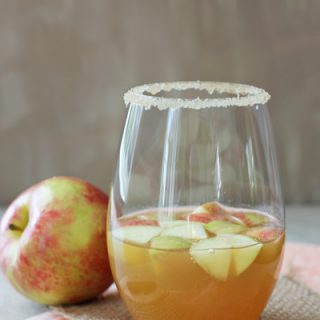 Honey Cinnamon Apple Cider Sangria