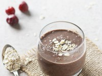 Chocolate Cherry Oat Smoothie | cookiemonstercooking.com