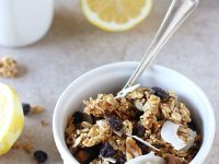 Lemon Blueberry Quinoa Granola | cookiemonstercooking.com