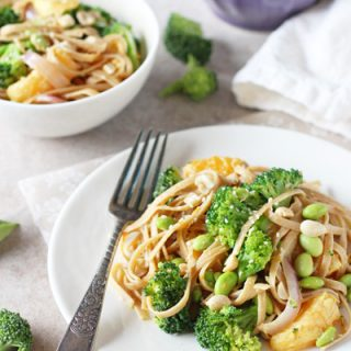 Orange Broccoli Noodle Bowls | cookiemonstercooking.com