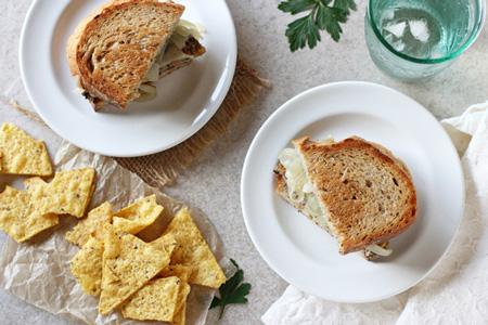 Mushroom-Cannellini Bean Patty Melts