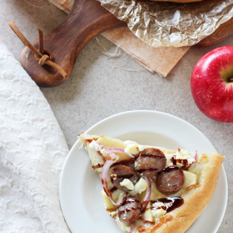 Apple Bratwurst Pizza