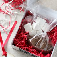 Homemade Hot Chocolate Gift Packages