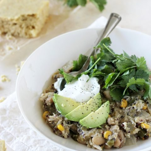Slow Cooker Green Chicken Chili with Quinoa
