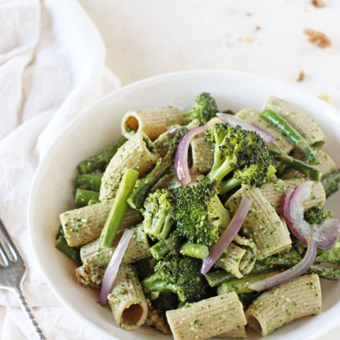 Just 35 minutes to get this easy spring green pesto pasta on the table! With a flavorful kale spinach pesto, whole wheat pasta and roasted asparagus and broccoli!