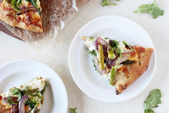 Roasted Asparagus and Arugula Pizza