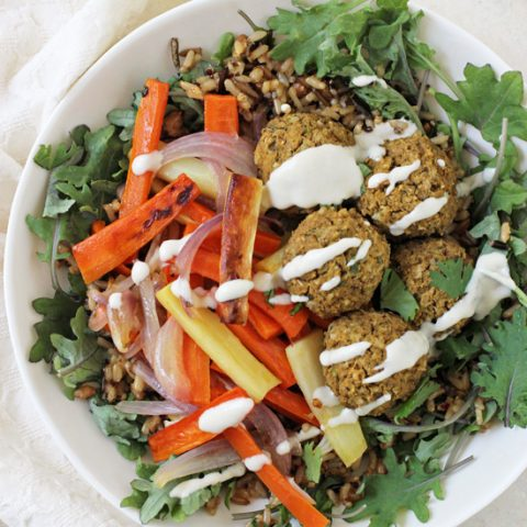 These baked sweet potato falafel are easy to make and irresistible! With warm spices, fresh herbs and sweet potato puree!