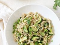 Zippy, light and fresh herbed zucchini and corn orzo salad! This simple pasta is perfect for barbecues or a quick and easy dinner!