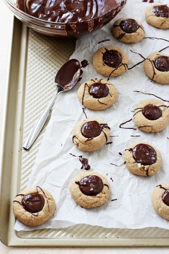 recipe: peanut butter thumbprint cookies [29]