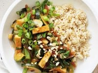 Easy and delicious kung pao tofu! A healthier and lighter take on the popular take-out dish! With a sweet yet savory sauce, tons of veggies and it cooks in one skillet! Vegan & gluten free!